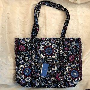 The Iconic Vera Tote Bag Bramble